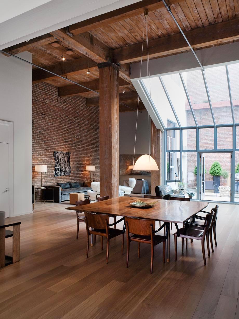 Потолок из досок в стиле лофт