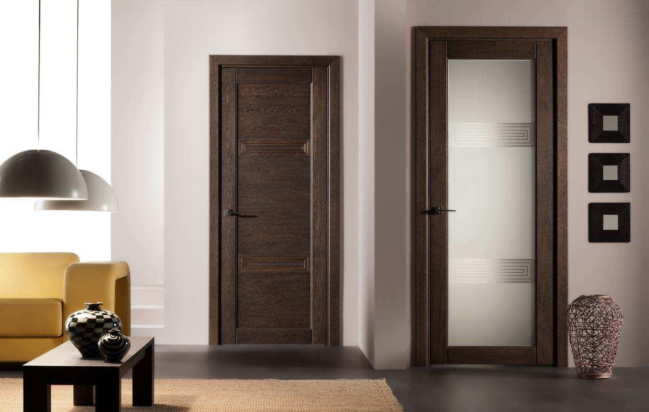 Двери венге в гостиной