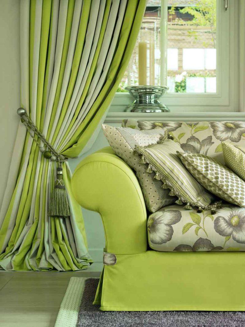 Зеленые двухцветные шторы