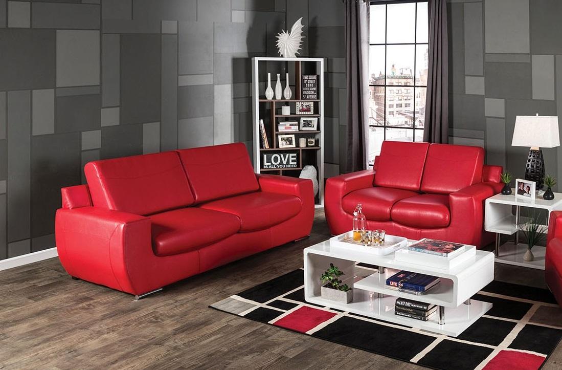 Двухместный красный диван из экокожи