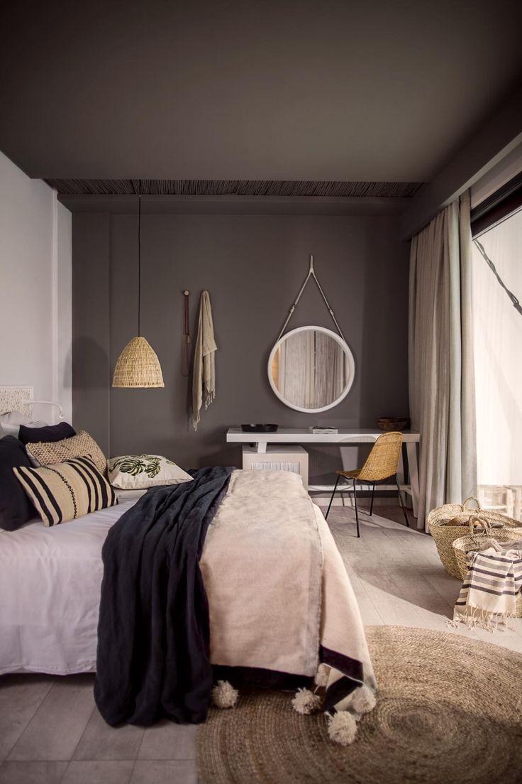 Серый потолок из гипсокартона
