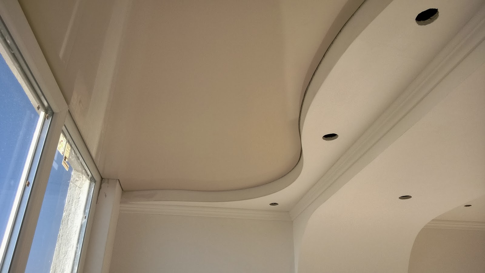 Потолок на балконе из ГКЛ