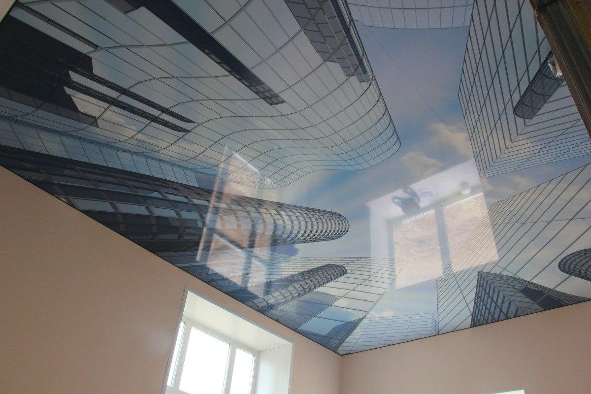 Натяжной глянцевый потолок с фотопечатью