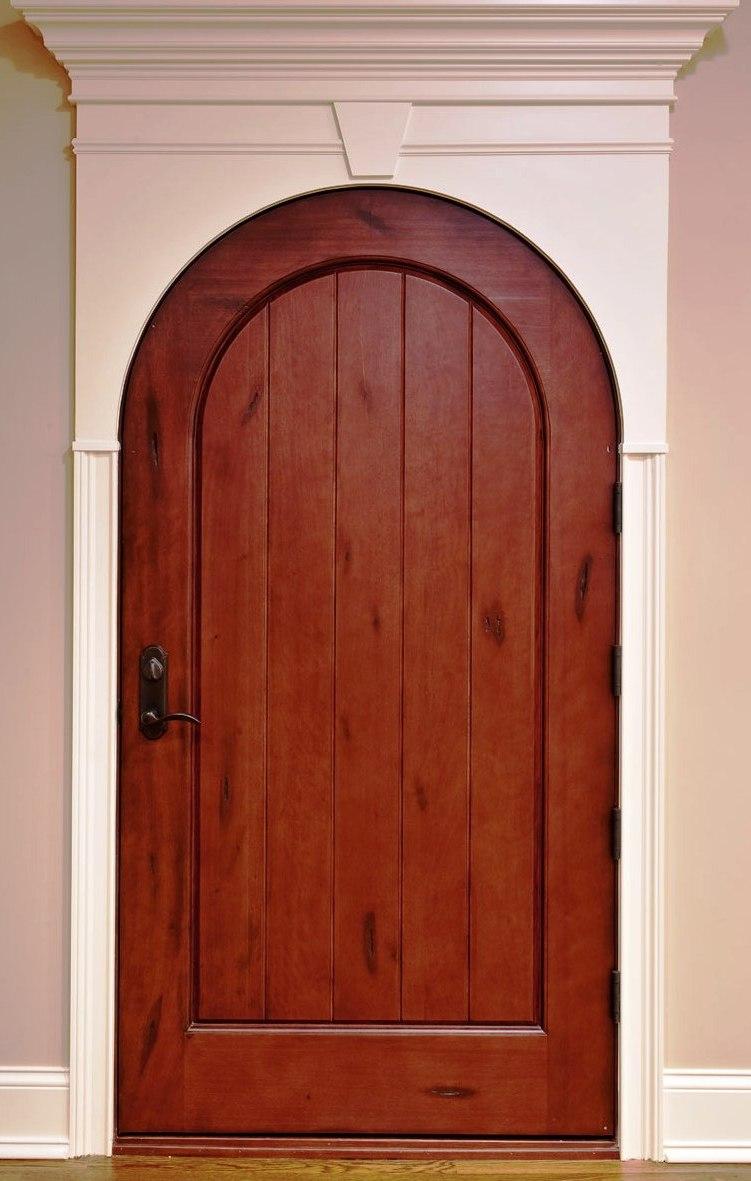 Арочная глухая дверь