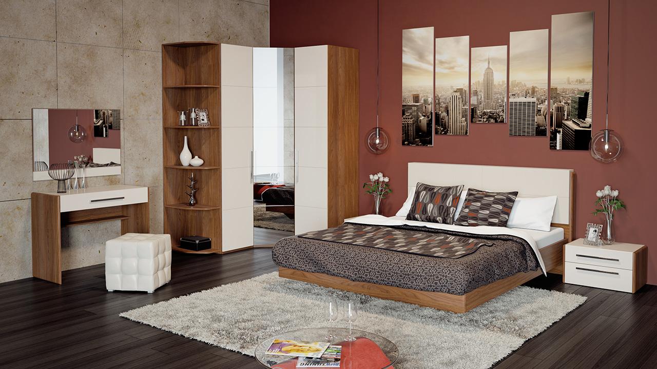 Глянцевая спальня в интерьере