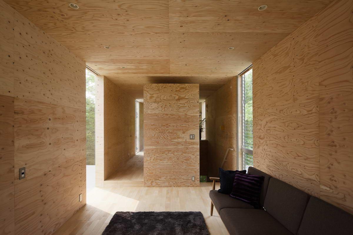 Потолок из фанеры в интерьере
