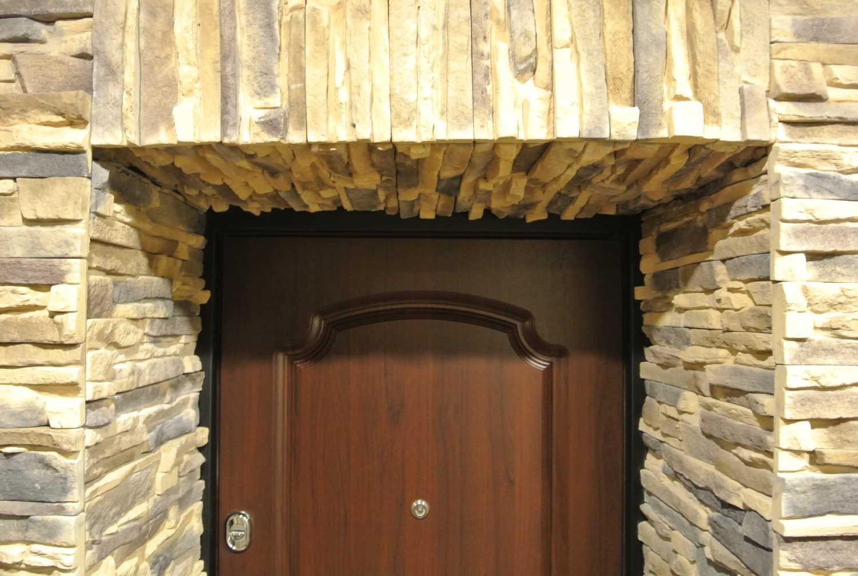 Дверные откосы из камня