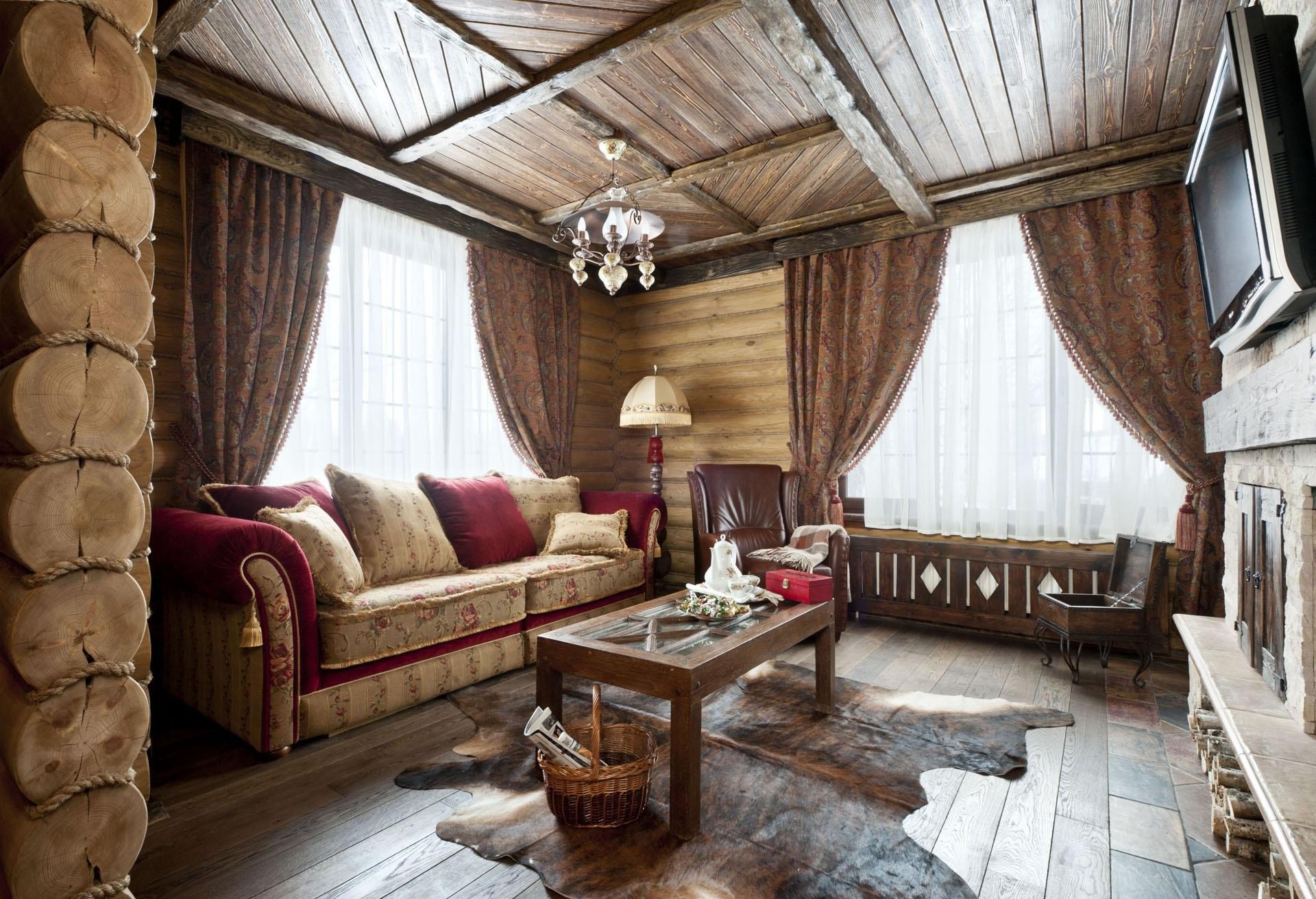 Потолок из досок в стиле кантри