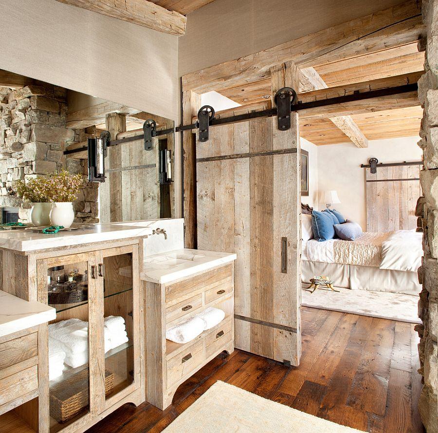 Дверь в ванную в стиле кантри