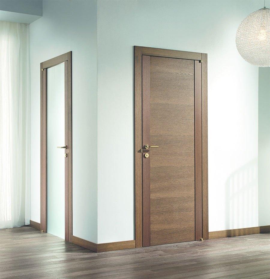 Межкомнатная коричневая дверь 2017
