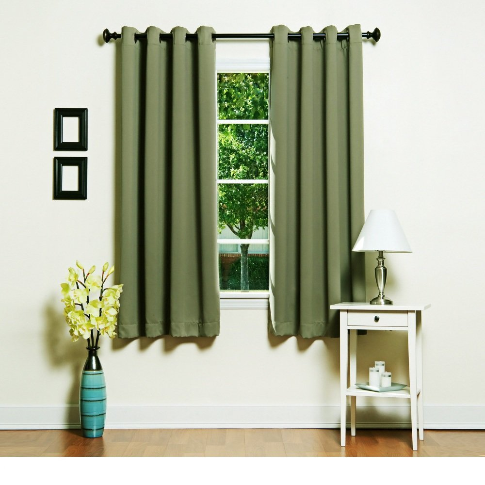 Зеленые короткие шторы