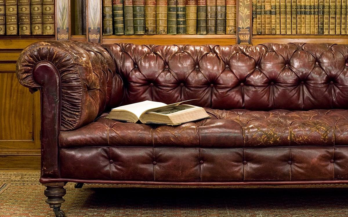 Перетяжка дивана: как подарить вторую жизнь мягкой мебели (24 фото)