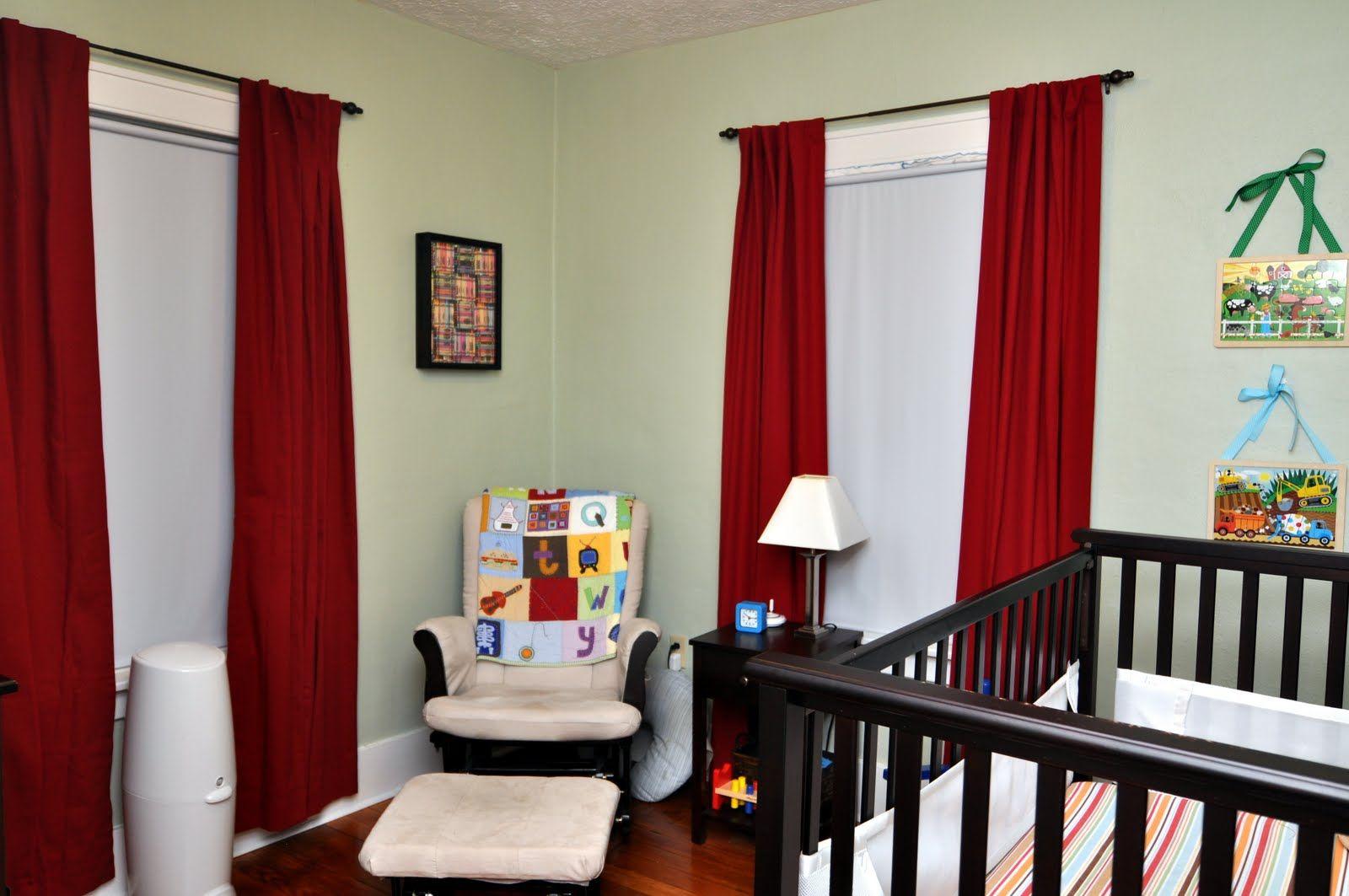 Красные шторы для мальчика