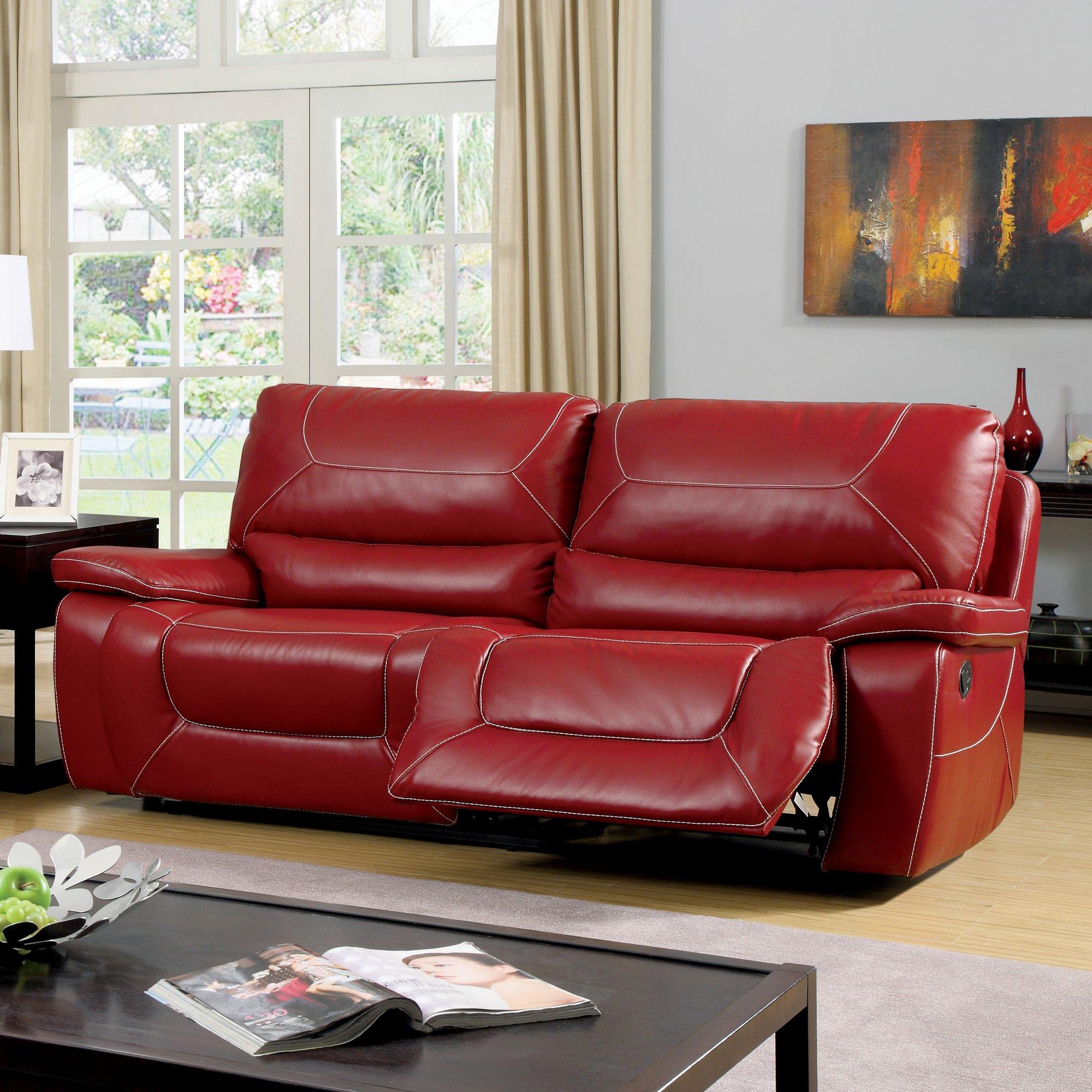 Красный диван-реклайнер