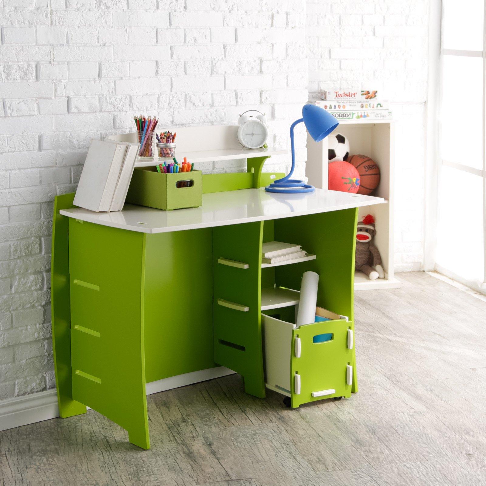 Ламинированный стол для ребенка