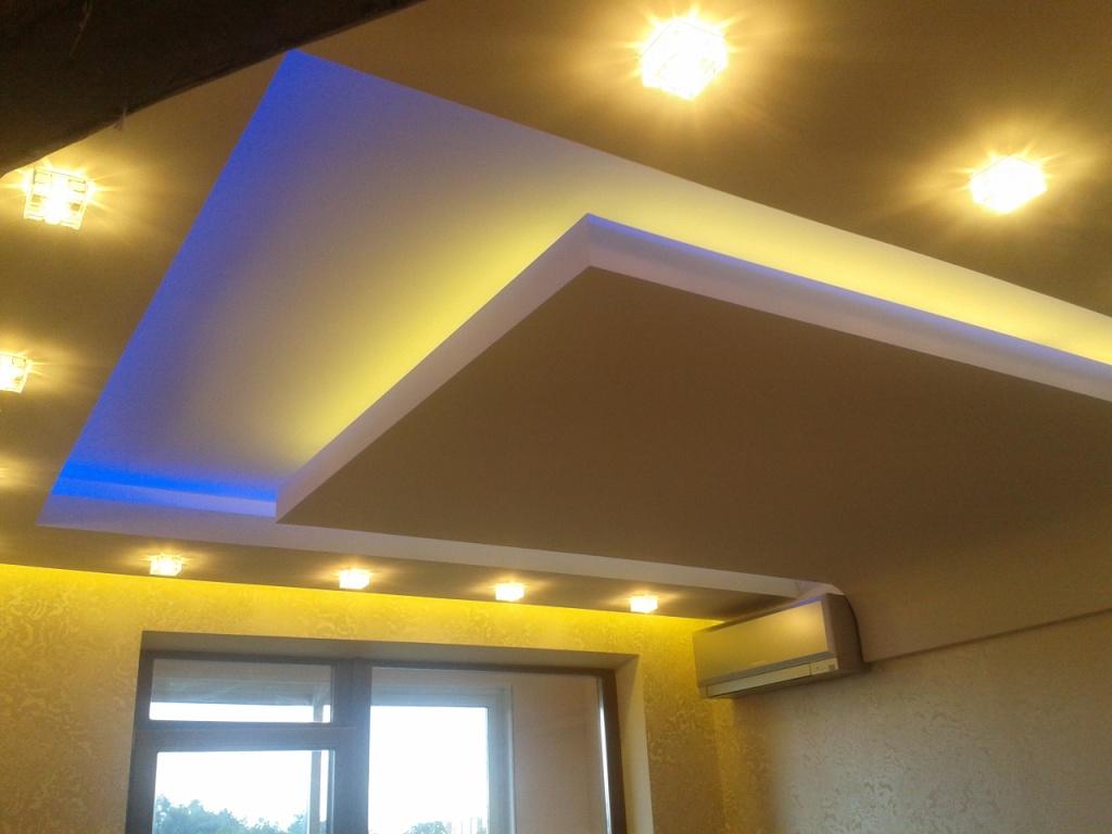 Ниша в потолке для светодиодной ленты
