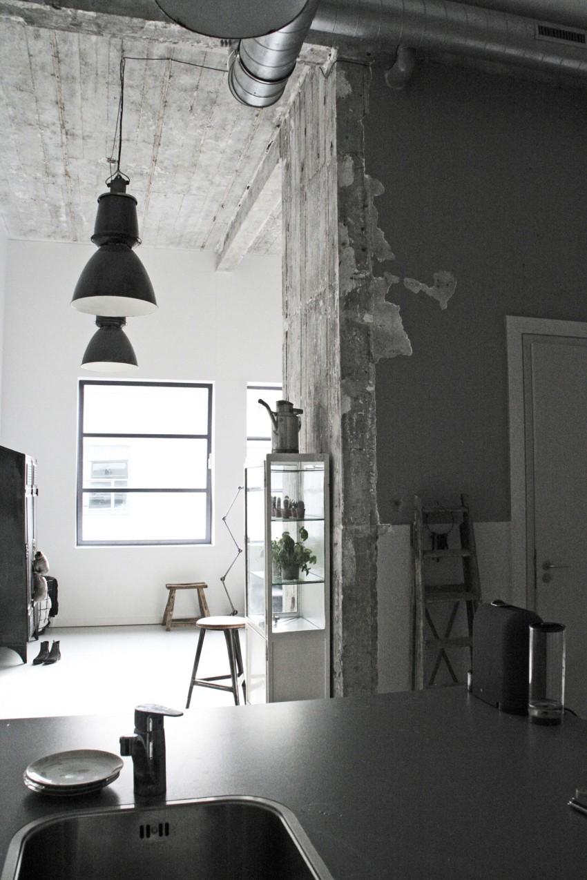 Бетонный потолок в стиле лофт