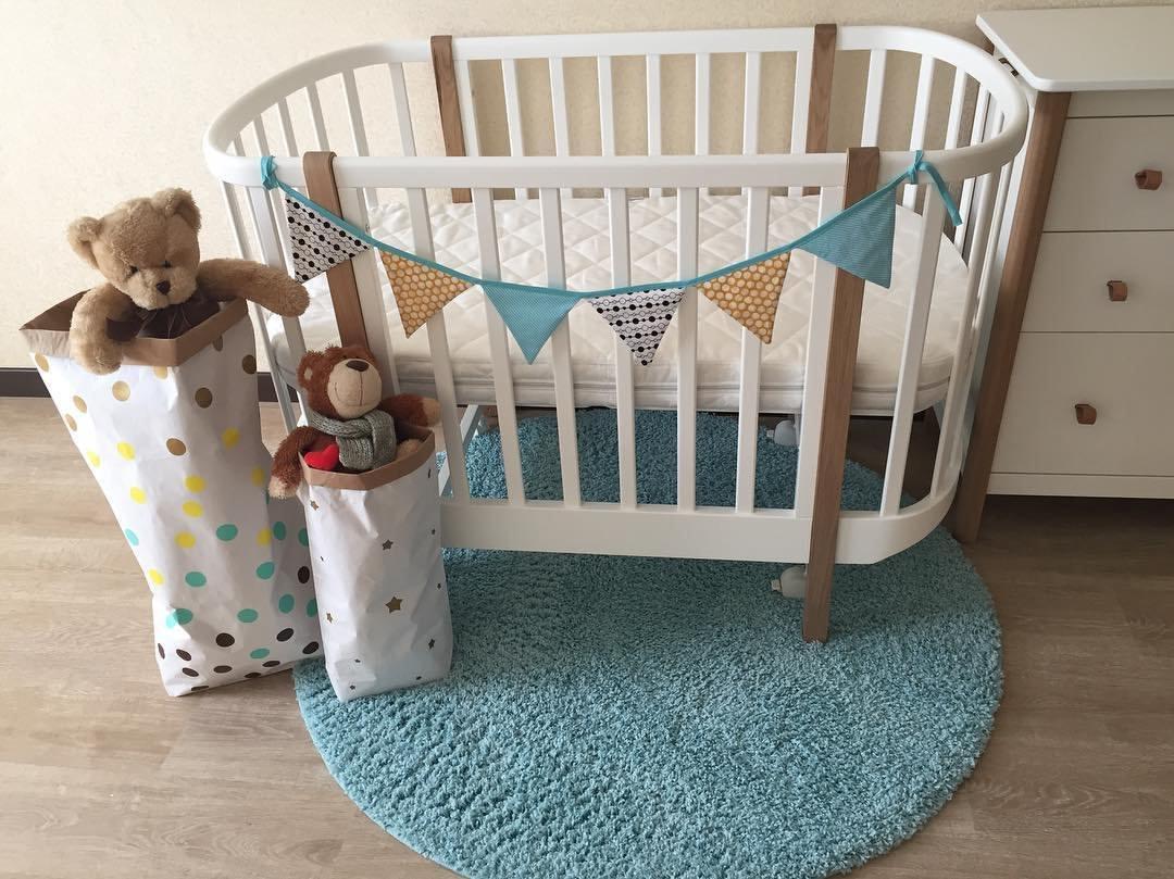 Овальная кровать для малыша