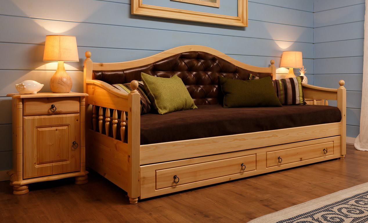 Кровать тахта из массива