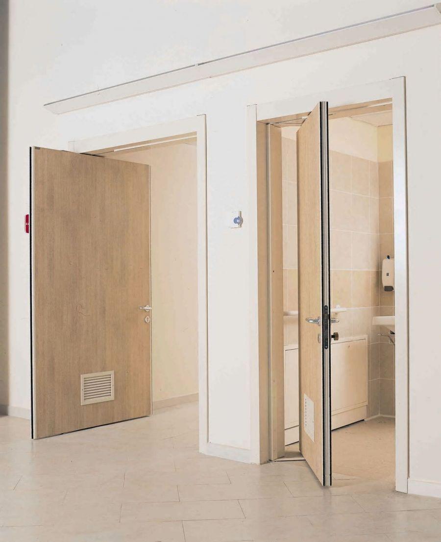 Маятниковая дверь капучино