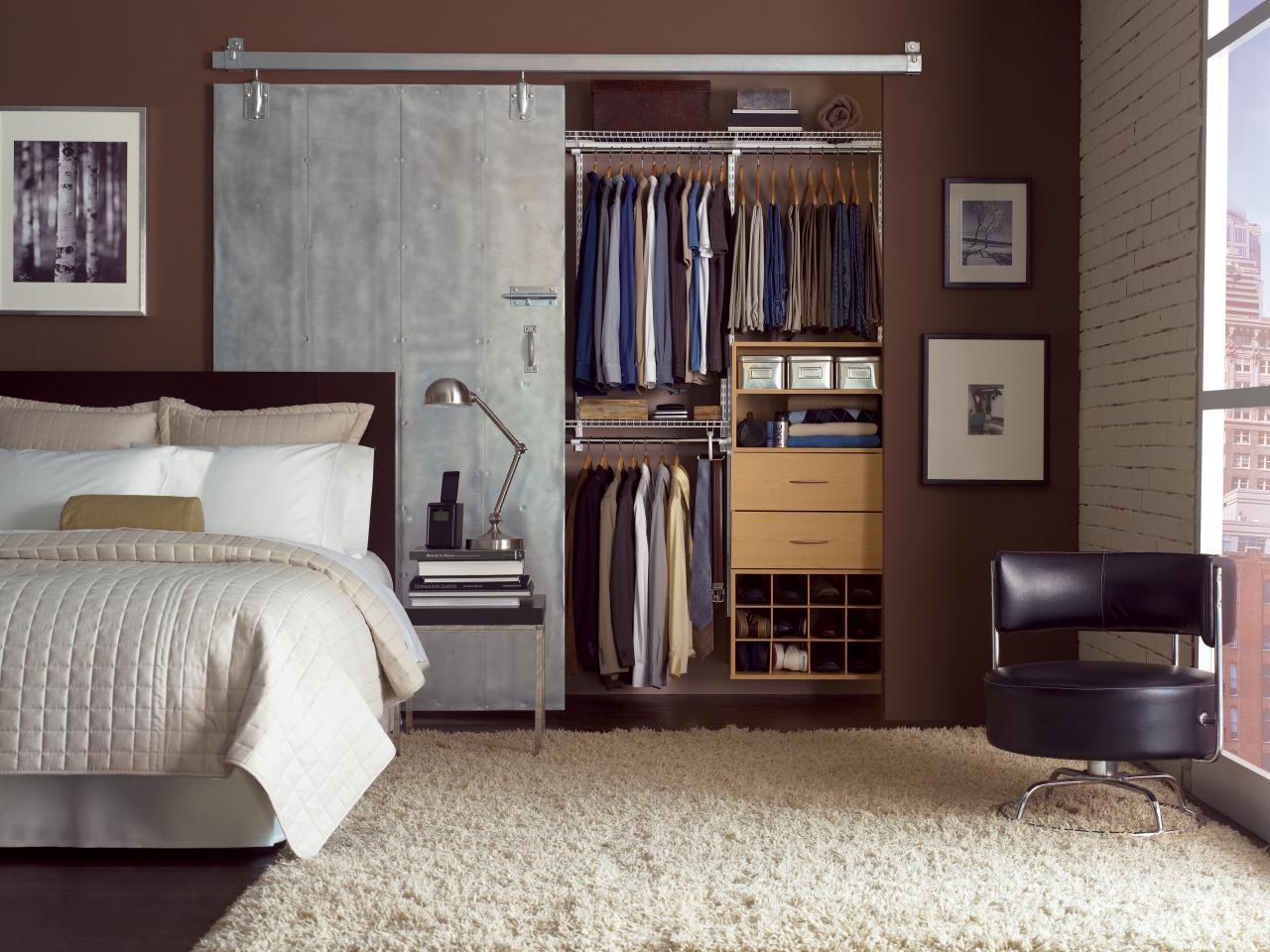 Металлическая дверь в спальню