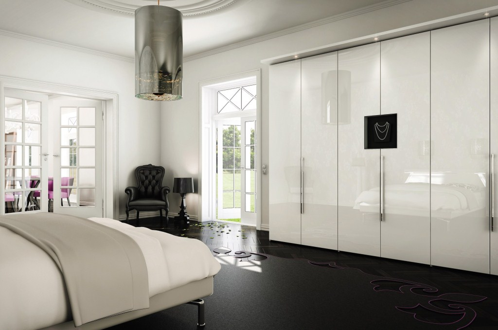 Глянцевая спальня в стиле модерн