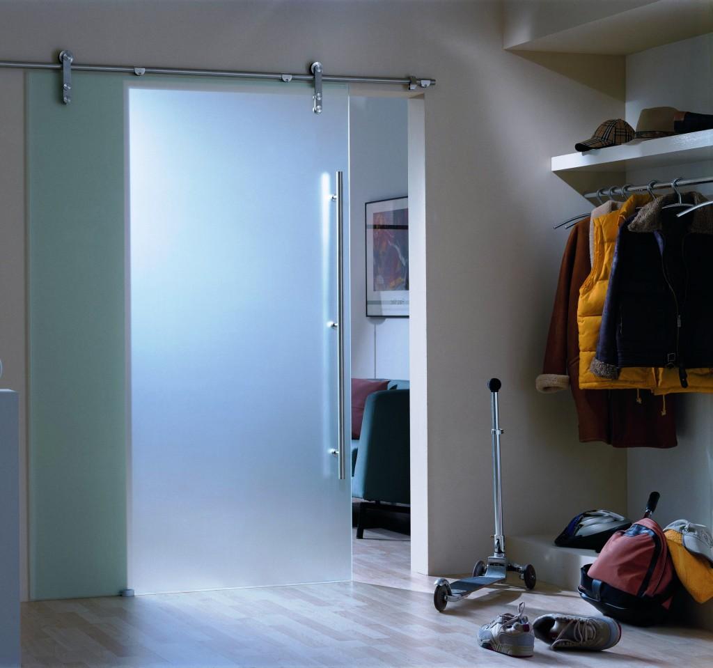 Навесная дверь в стиле модерн