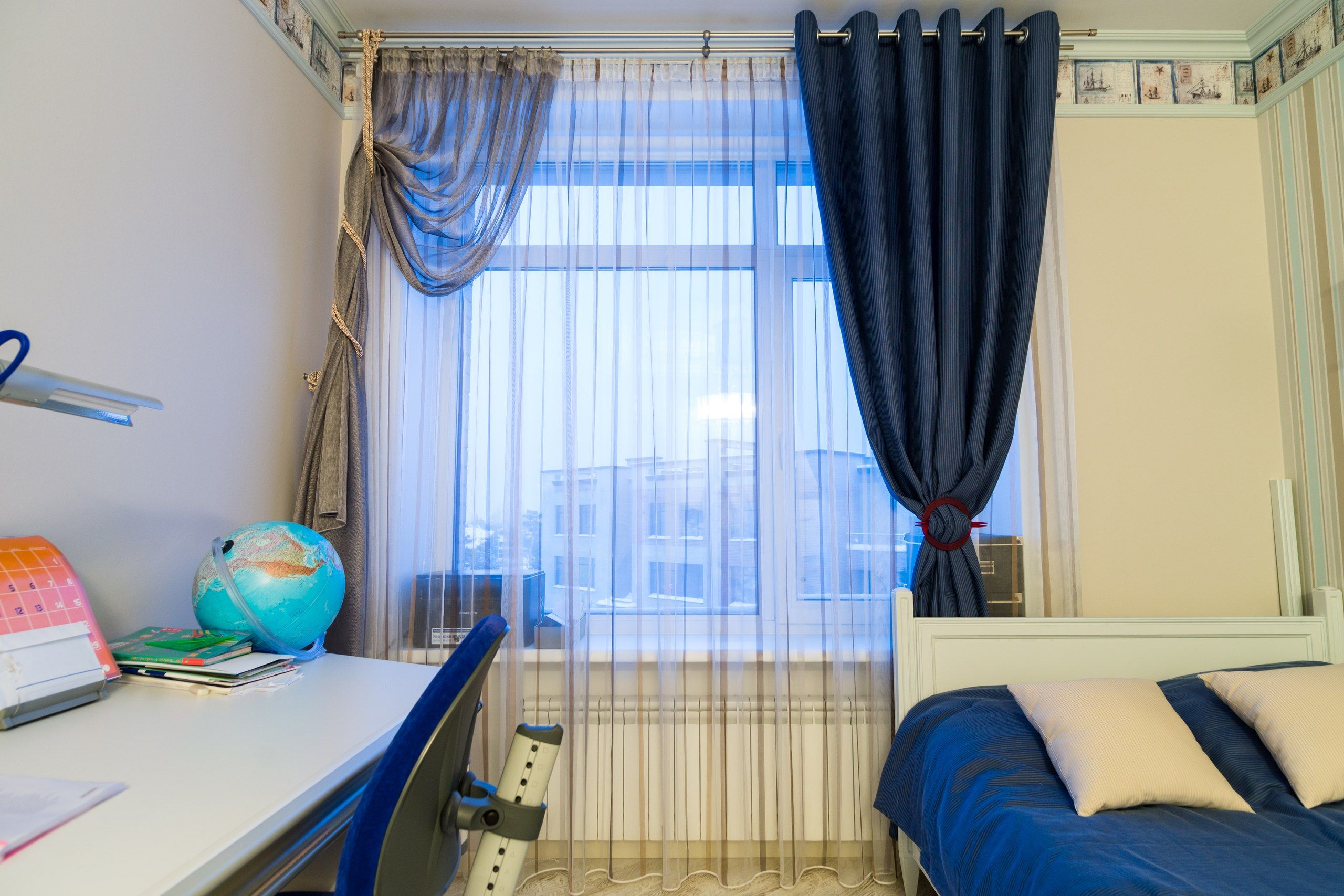 Шторы для комнаты мальчика в морском стиле