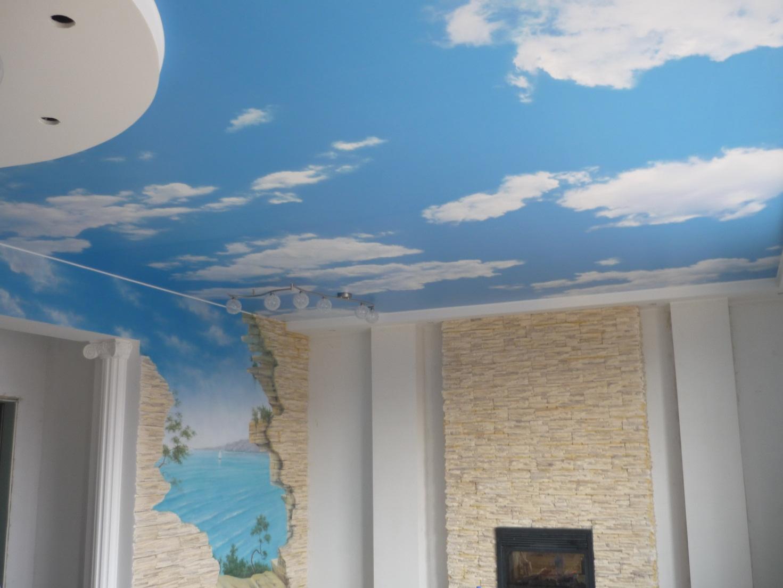 Бесшовный натяжной потолок