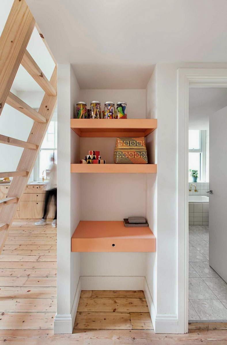 Шкаф в нише на кухне