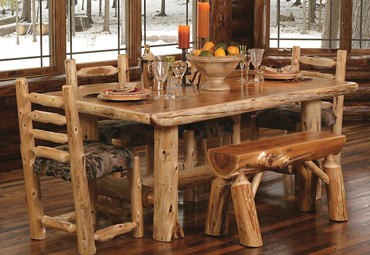 Обеденный стол из коряг