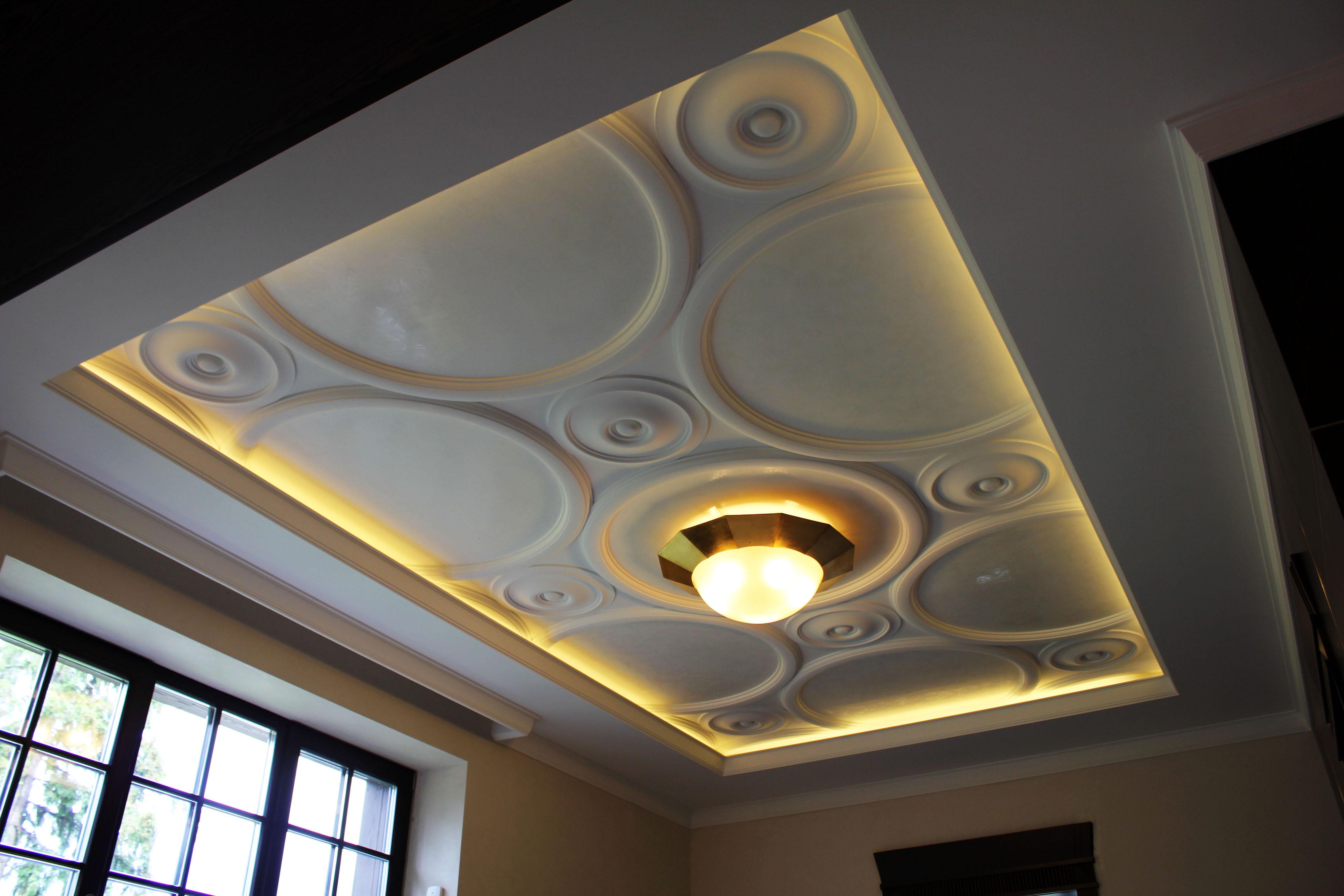 Гипсовый объемный потолок