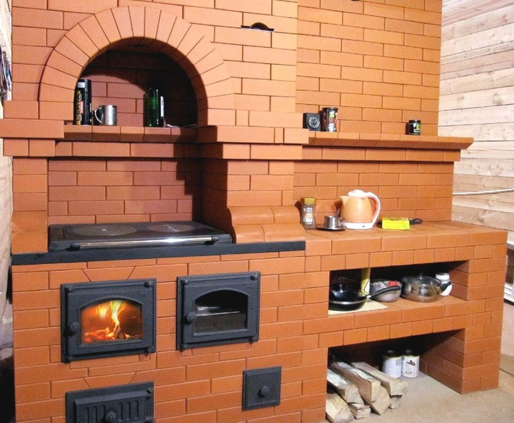 Кирпичная печь с варочной панелью