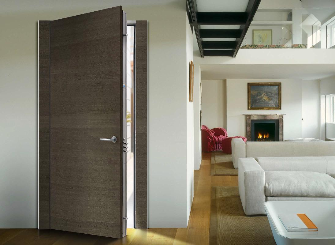 Входная дверь с панелями МДФ