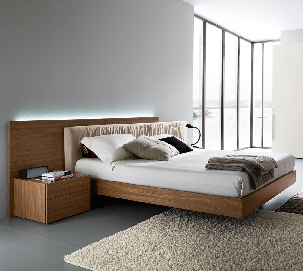 Кровать из ореха с подсветкой