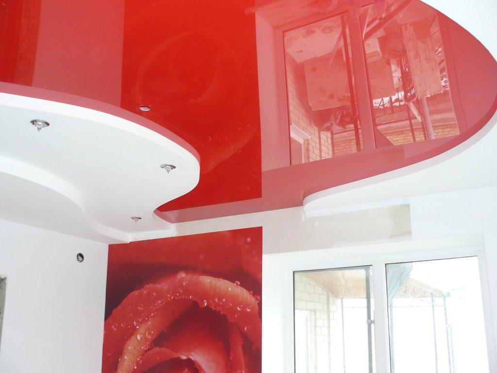 Красный подвесной потолок