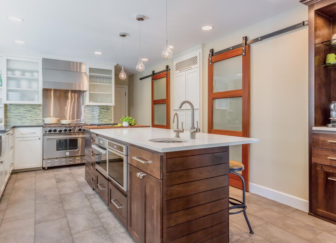 Подвесная дверь на кухню