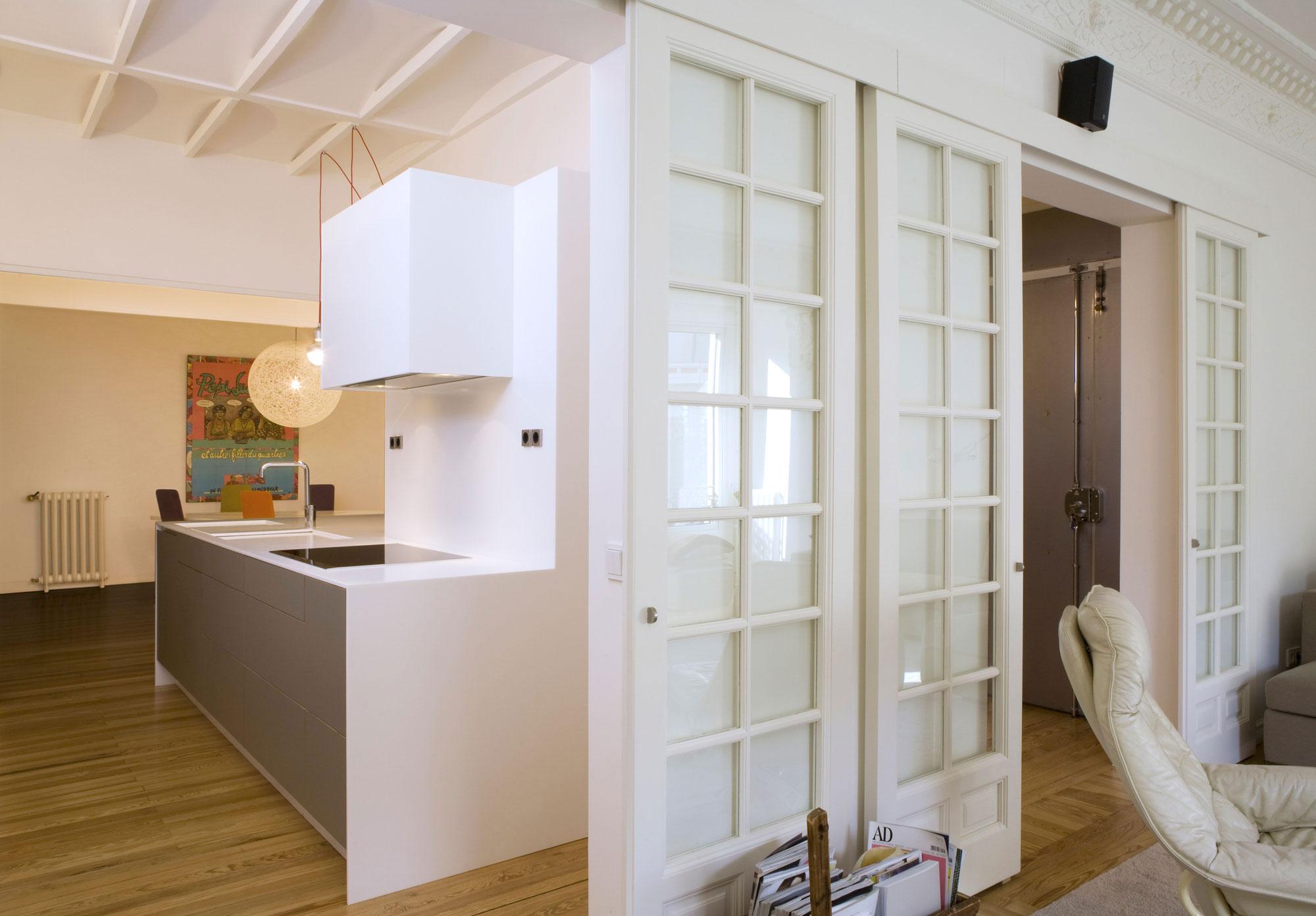 Дверь на кухню под покраску