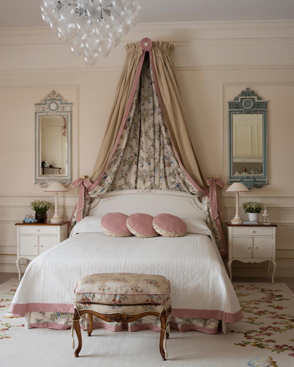 Ковер в спальню в стиле прованс