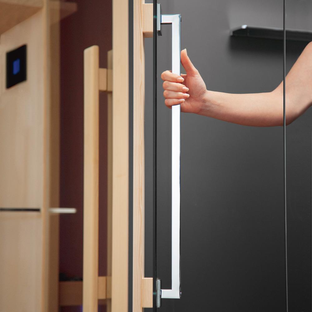 Стеклянная распашная дверь для сауны
