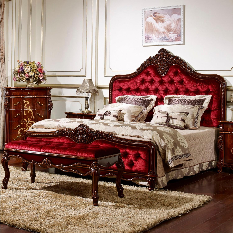 Резная кровать из ореха
