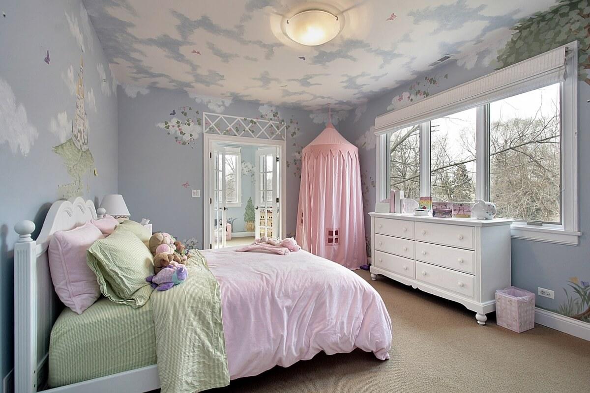 Красивый потолок в детской комнате для девочки: особенности оформления (25 фото)