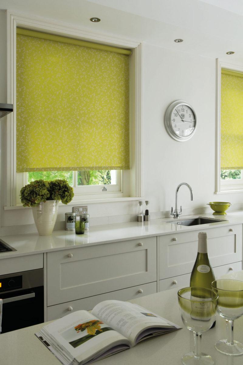 Зеленые рулонные шторы