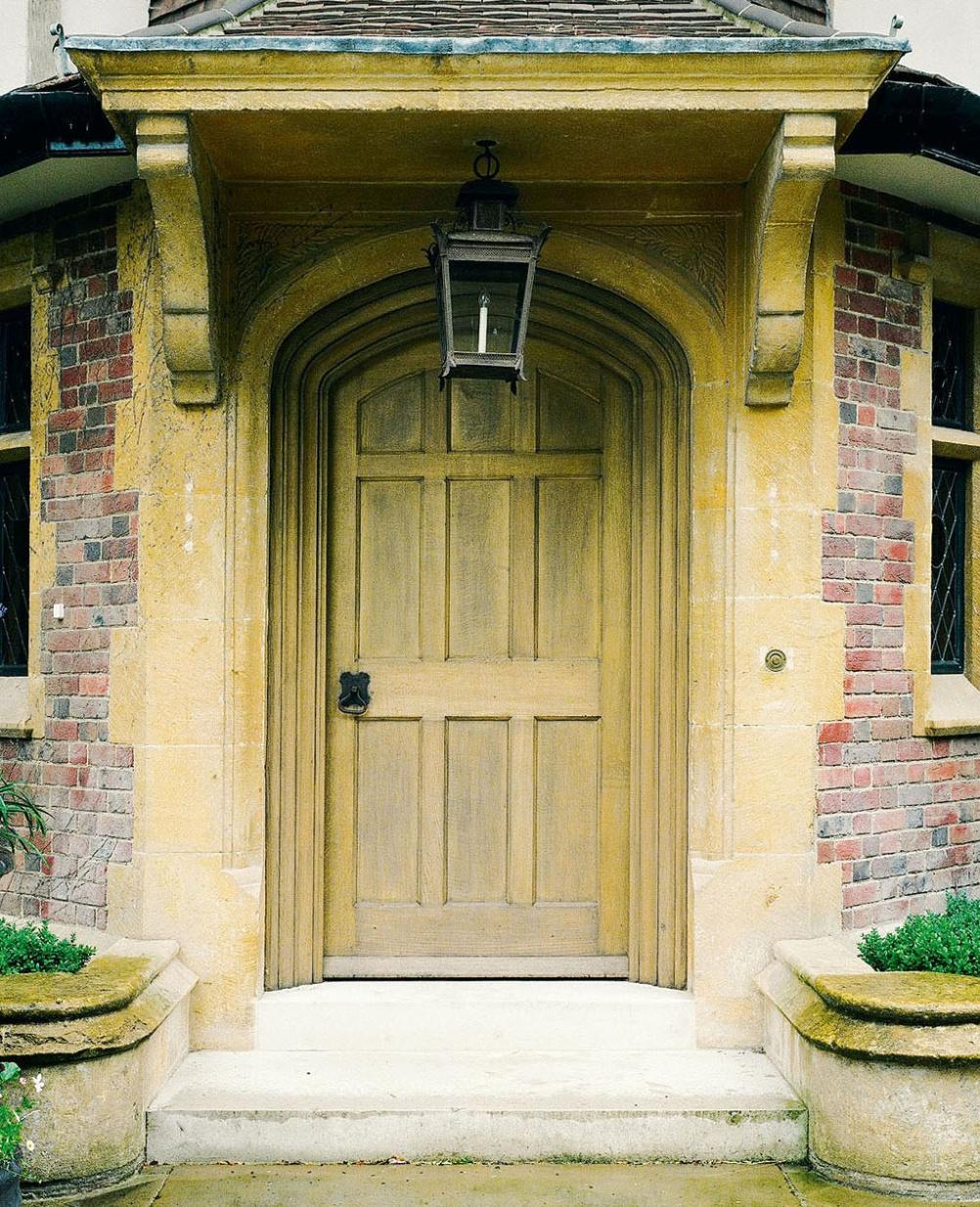Арочная дверь в стиле шебби-шик