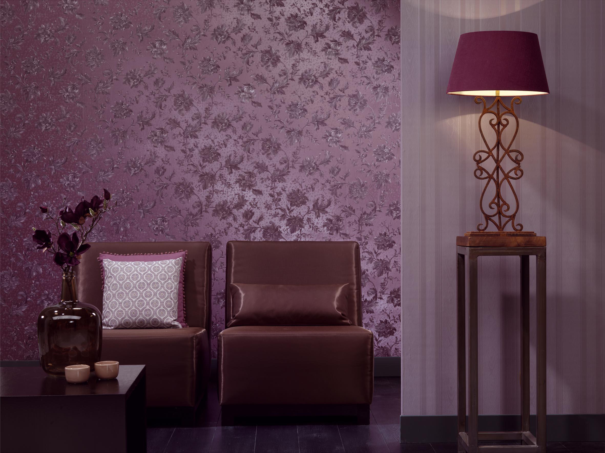 Фиолетовые обои с шелкографией