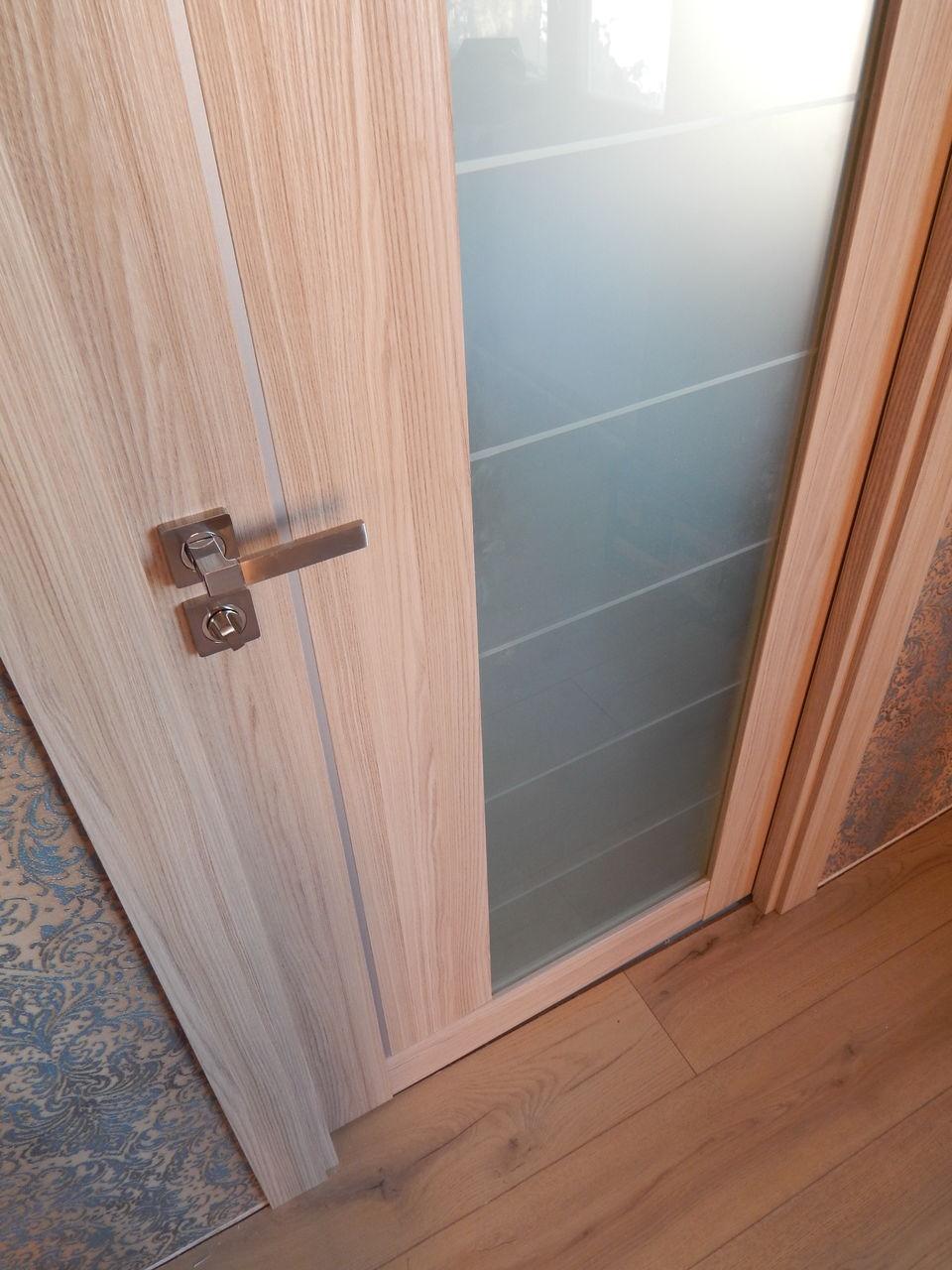 Шпонированная дверь капучино