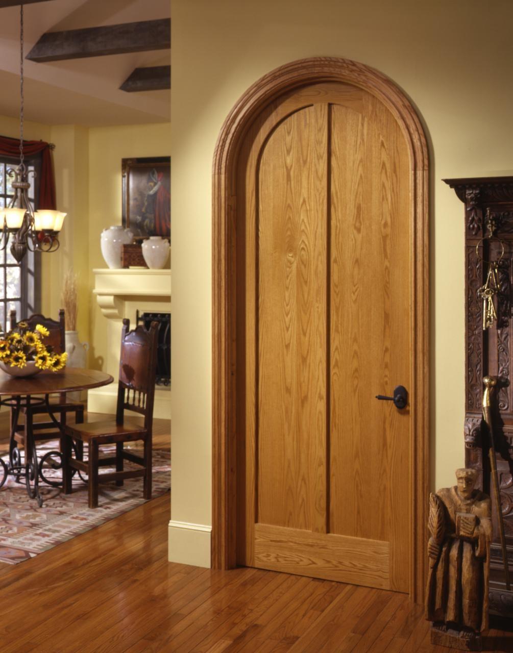 Арочная шпонированная дверь