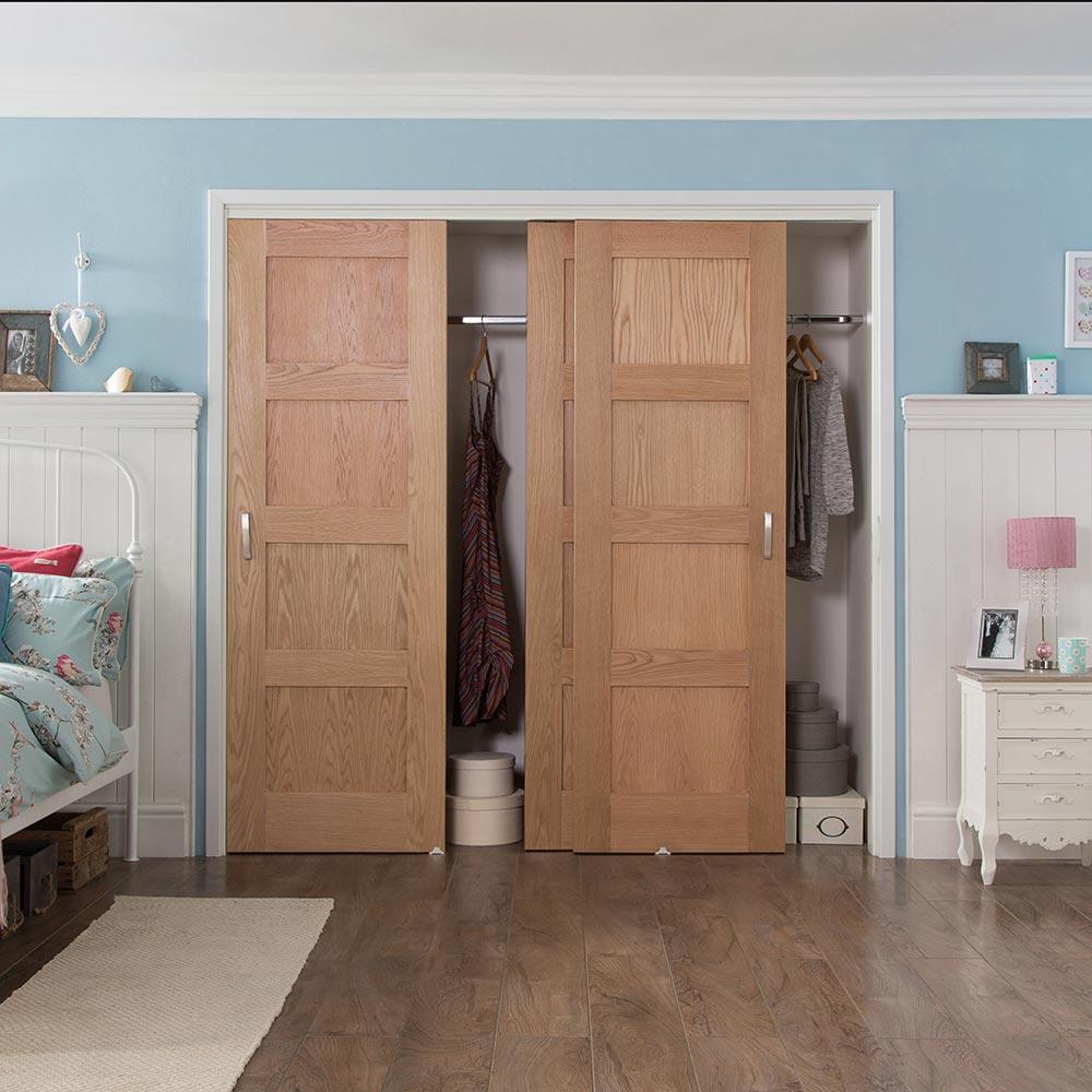 Шпонированные двери в гардеробную
