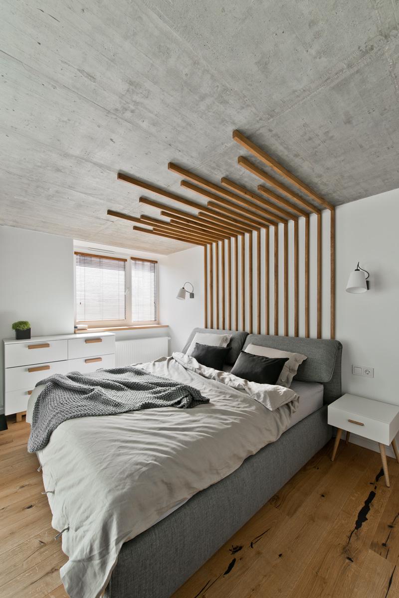 Бетонный потолок в спальне