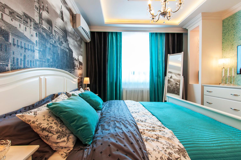 Комбинированные шторы в спальне